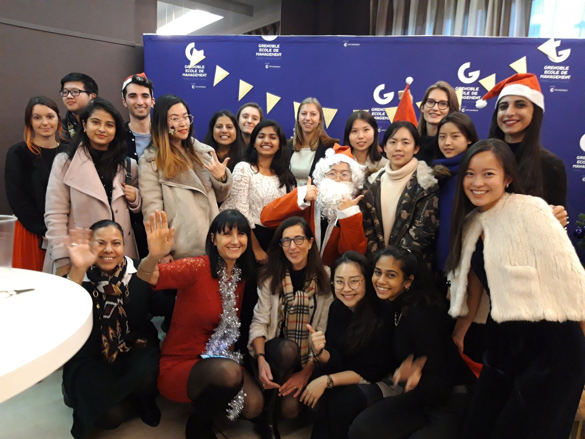 Isabelle Chaboud On Twitter Happy Season S Greetings From Grenoble Em Paris Campus With My Msc In Fashion Design Luxury Management Students Thks To Garniercormons Https T Co Asql1eaep6