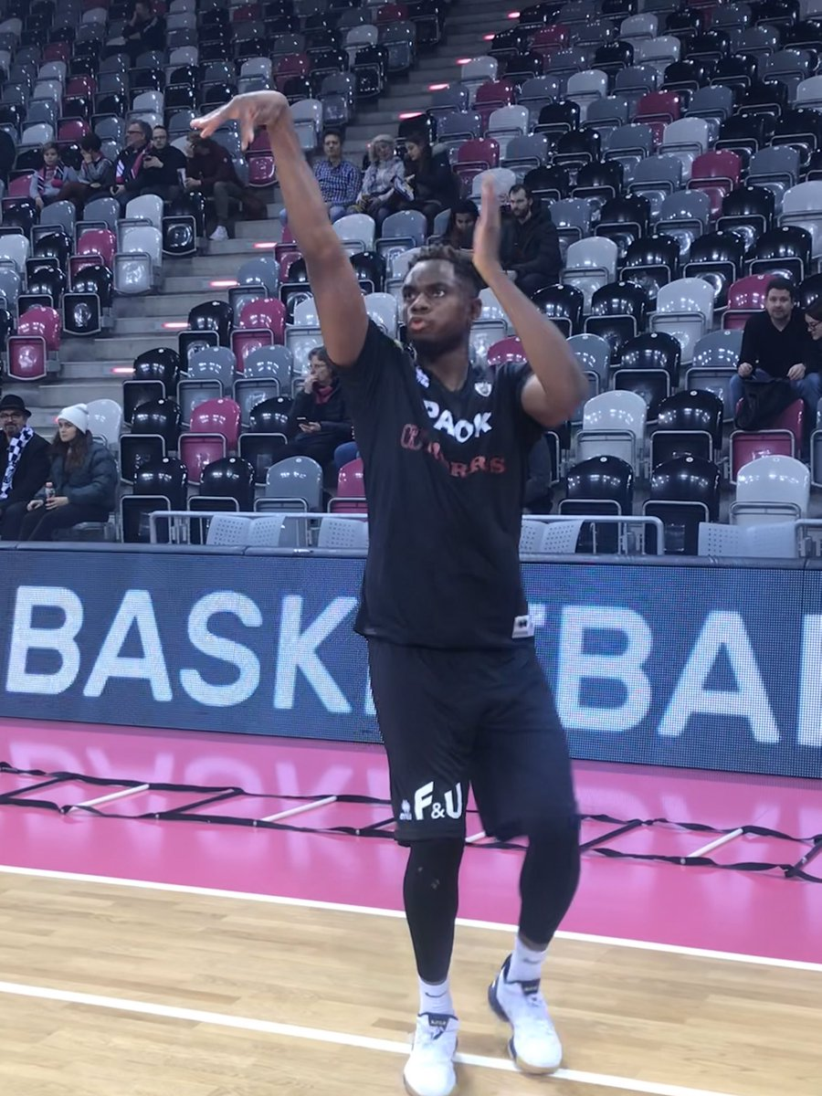 Just 30 min for the tip-off! Be ready!!  #PAOK #paokfamily<br>http://pic.twitter.com/dhwsPZpElL