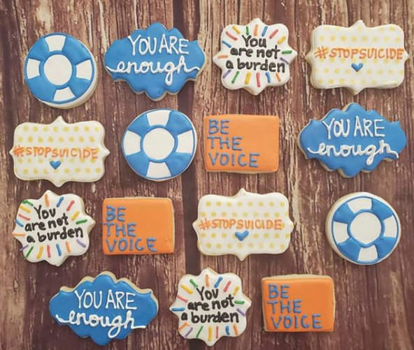 Raise your hand if you need a mid-week break with one of these suicide prevention cookies! #NationalCookieDay 🍪 😋 . Baked by @ lavishlyyourssweets on Instagram