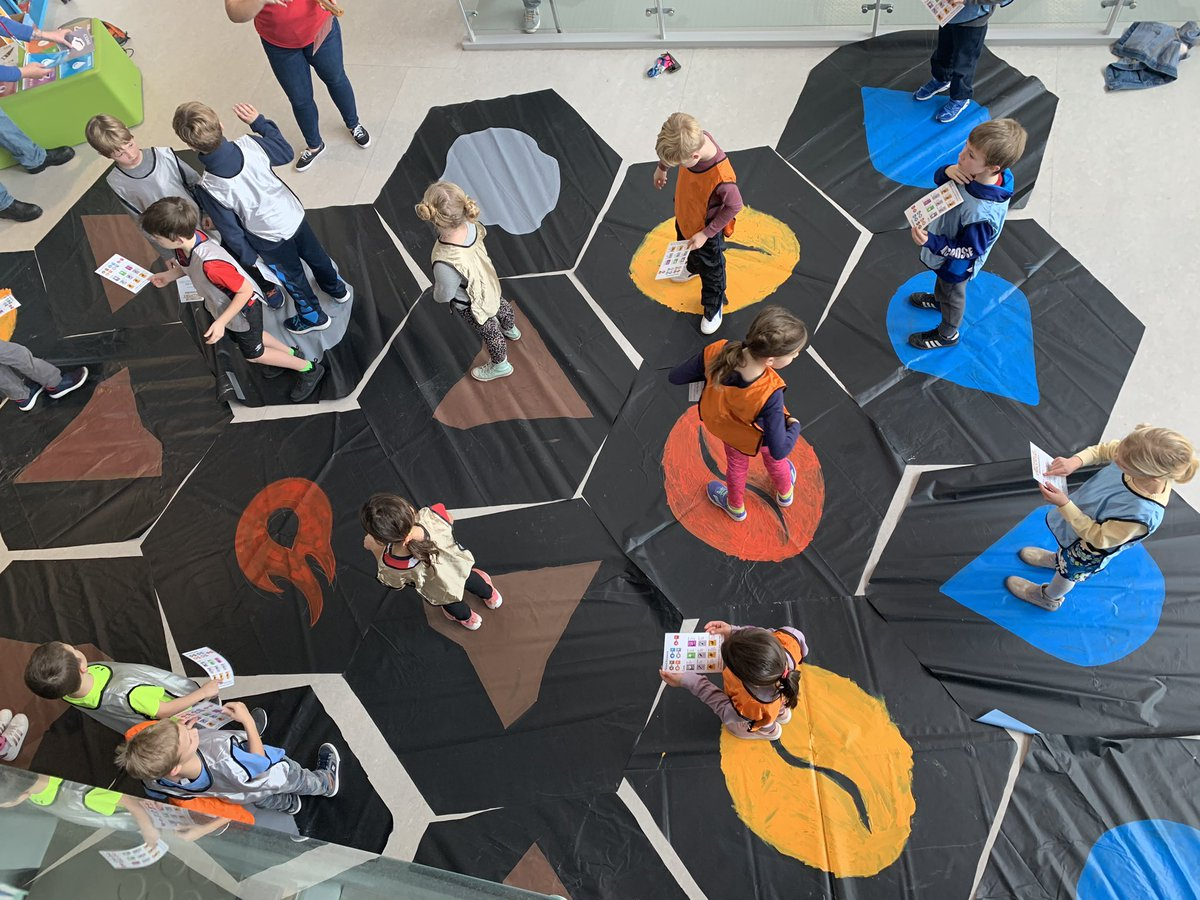 Settlers of Discovery!! Awesome idea <a target='_blank' href='http://twitter.com/MissCoulouris'>@MissCoulouris</a>! <a target='_blank' href='https://t.co/oZ9UkWZPPT'>https://t.co/oZ9UkWZPPT</a>