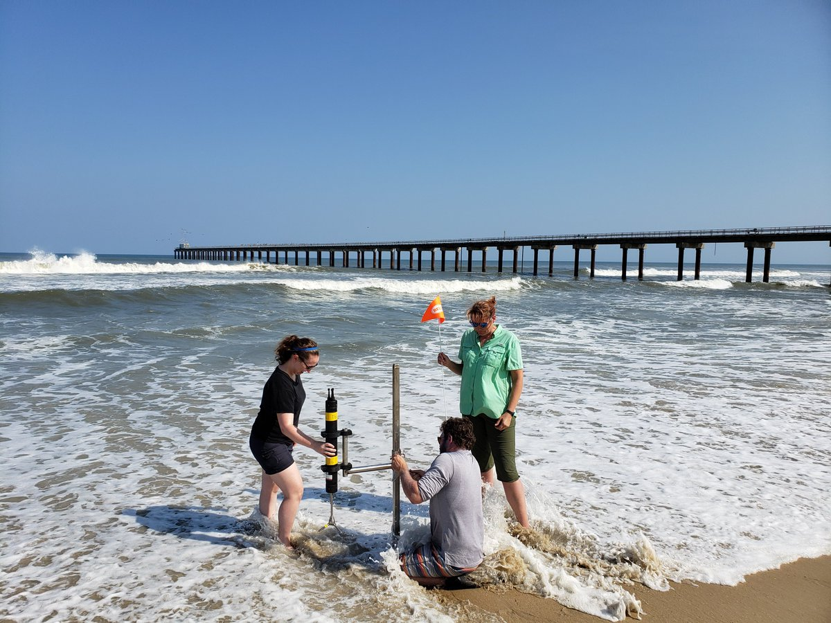 Virginia Tech was one of 14 academic institutions collaborating in the multi-investigator @USCRP DUring Nearshore Event eXperiment  #DUNEX pilot this fall in the outer banks of N.C.<br>http://pic.twitter.com/oZF2gl9bny
