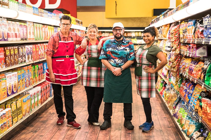 Tonight I wear my most slimming apron to compete on national TV against my friends, @aartipaarti, @ChefDPhillips and our sorely missed brother, @carlruiz. A guy named Guy presides. Please tune in, 9PM on @FoodNetwork.  #grocerygames @GuyFieri #grocerygames<br>http://pic.twitter.com/mg0LUoslBK