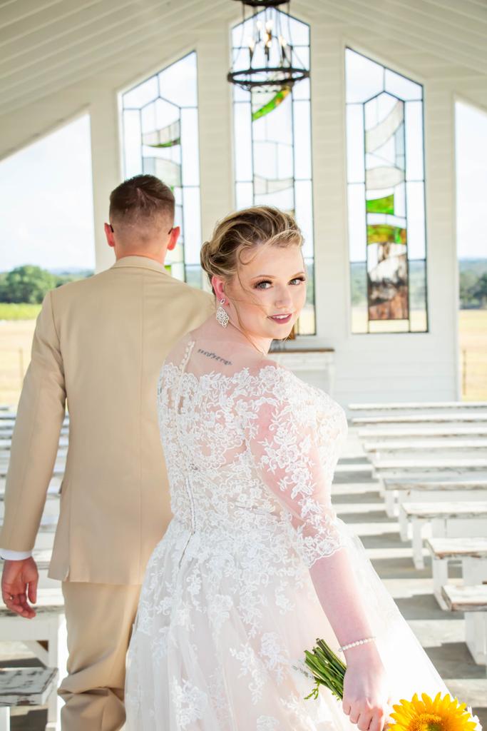 In the moment! . . . #sanantonioweddings #vchphotography #sanantonioweddingphotographer #texasweddingphotographer#weddingwire #theknot #texasweddings #texasweddingphotographers #sanantoniophotographers  #bride #love #weddinginspiration #weddingday #weddingphotography