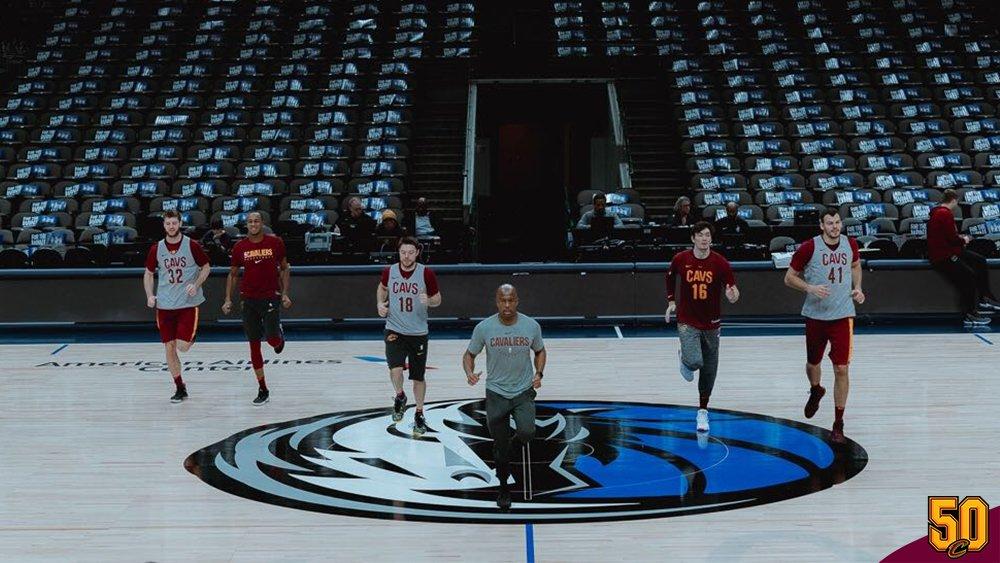 GAME DAY!!! 💪  🏀 Cavs visita o Mavericks  ⏱ 22:30h  📍 American Airlines Arena  📺 NBA League Pass  #BeTheFight #BrazilCavaliers