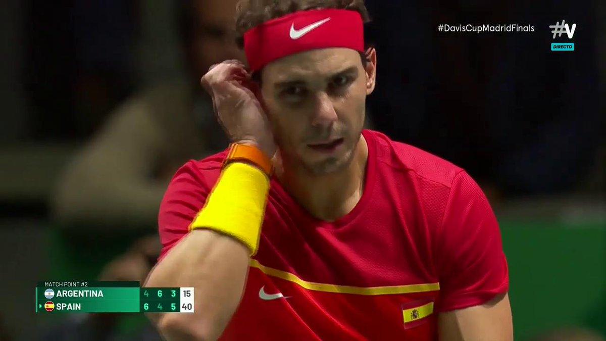 ¡España se clasifica para las semis de la #DavisCupMadridFinals! Victoria en el tercer partido de Nadal y Granollers.