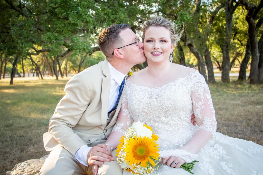 True Love! . . .  #sanantonioweddings #vchphotography #sanantonioweddingphotographer #texasweddingphotographer#weddingwire #theknot #texasweddings #texasweddingphotographers #sanantoniophotographers  #bride #love #weddingday pher #realwedding #weddings #bridetobe