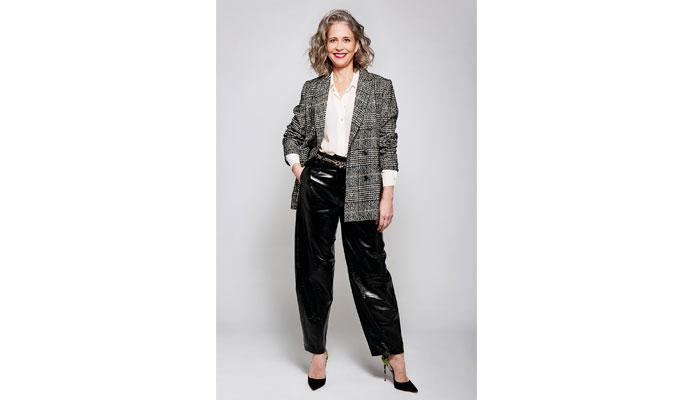 This week Im wearing...PVC trousers @AnnaGMurphy thetimes.co.uk/article/this-w…