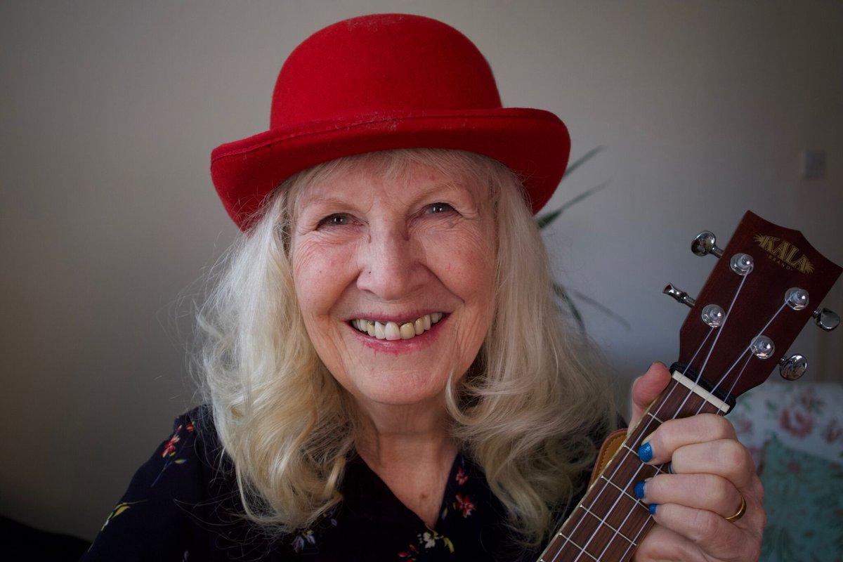 RT @12beesbuzzing TONIGHT in #Surbiton  A life-affirming evening of laughter and wisdom with Dame June Bloom in Yes! Because... a ukulele-playing character straight out of Shakespeare's best comical scenes. @cornerHOUSEarts KT6 7SB.  Tickets £9/£7 cash on the door. @KeenOnKingston @WhatsOnStage