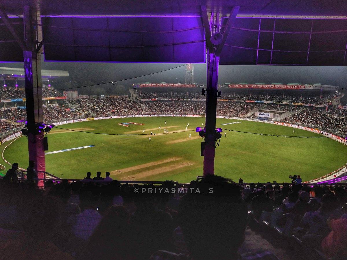 2nd Test Match India vs Bangladesh #PinkBallTest #PinkBallTestMatch #2ndtestmatch #vk18 #testseries2019 #IndiaVsBangladesh #cricbuzzlive #cricketstadiumpic.twitter.com/5TgfthMEA7 – at Eden Garden