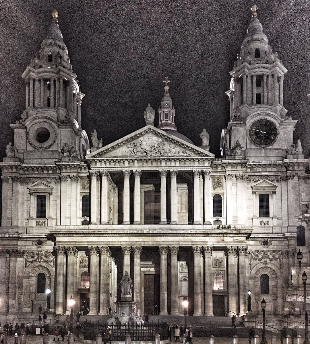A busy week with poor old Queen Anne, subject of much unjust opprobrium. Can you spot her lurking there on the steps of St Paul's? 'Brandy Nan, left in the lurch, face to the gin shop, back to the church.'