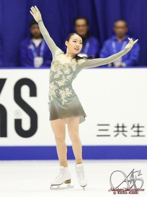 GP - 6 этап. NHK Trophy Sapporo / JPN November 22-24, 2019 - Страница 17 EKEv8QdW4AozYLX?format=jpg&name=900x900