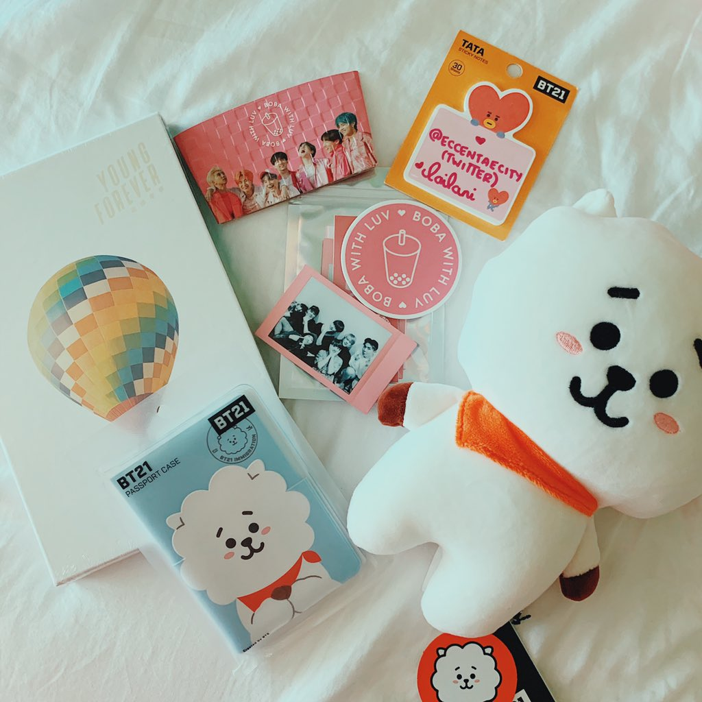JIN BIRTHDAY GIVEAWAY   Official BT21 merch: RJ plush, RJ passport case, Young Forever album & #BOBAWITHLUV goodies.    MBF @eccentaecity & @bobawithluv  RT   WW  Post the best thing about Jin.   Ends 11/29. #BTSGIVEAWAY #SEOKJIN #BTSARMY  #BTSGA #WORLDWIDEHANDSOME<br>http://pic.twitter.com/xXXhDshKRA