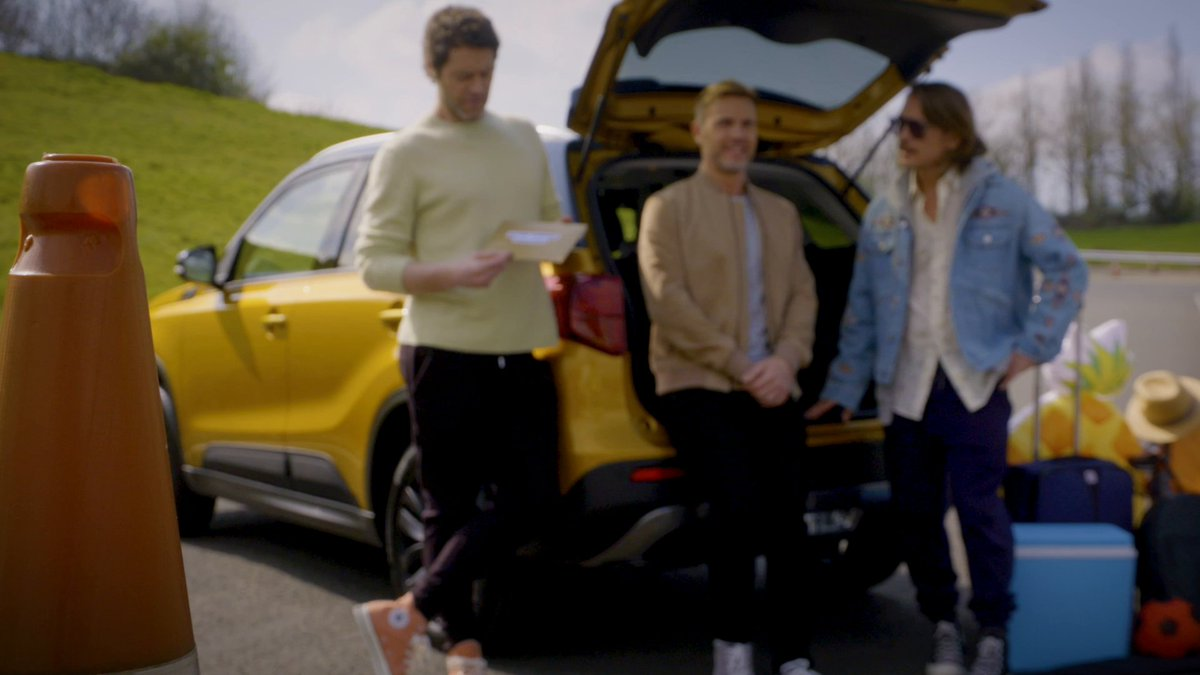 One of our favourite games we played with @takethat this year has to be Pack For Good with our #Vitara! 😆 Gary, Howard and Mark all know how to #BringTheFun… but who do you think wins? #TakeThat https://t.co/DwjPreMbQa