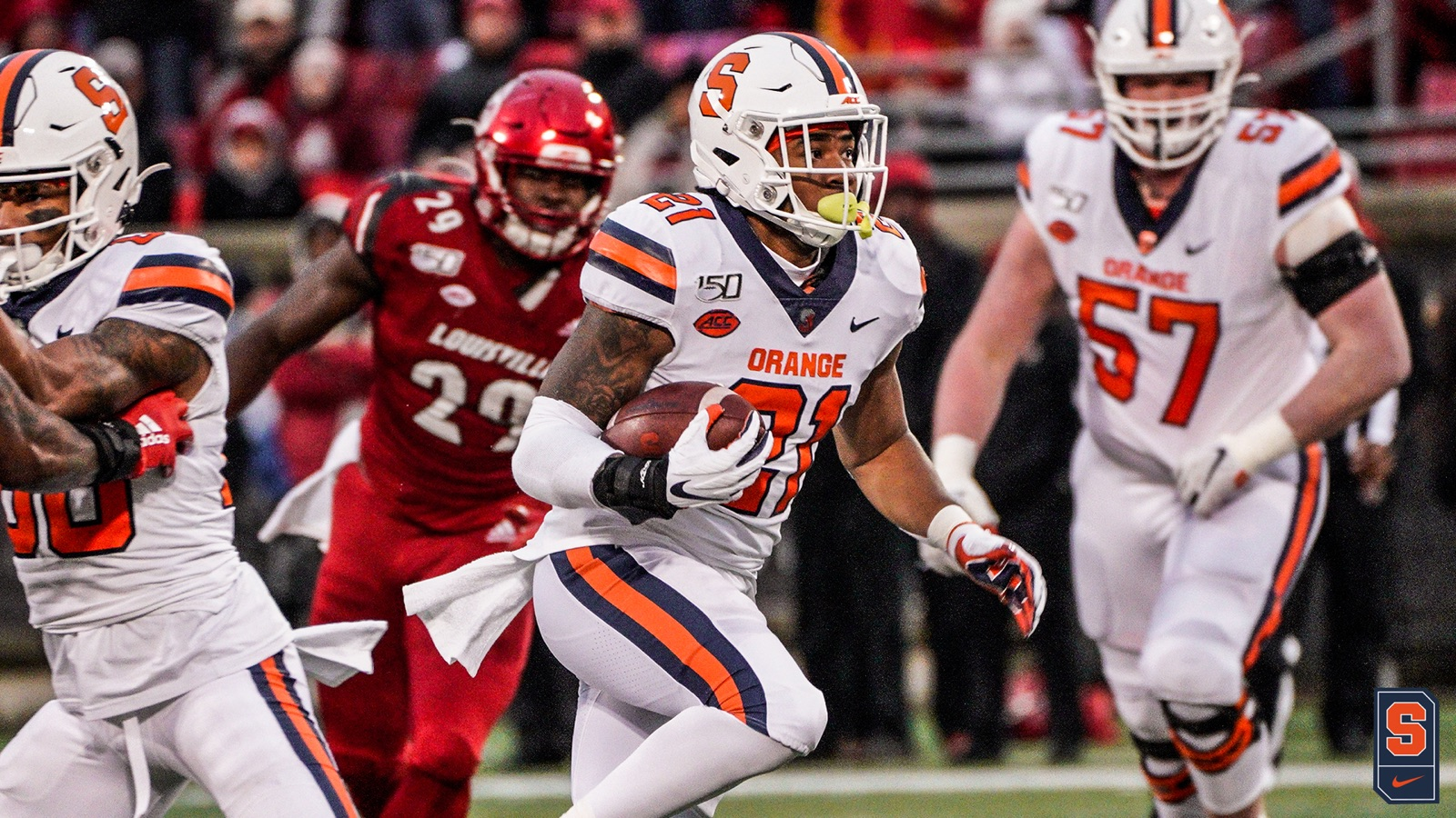 Syracuse falls to Louisville, 56-34 (full coverage)