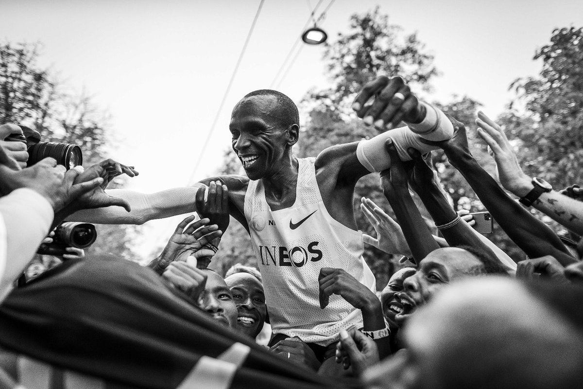 Proud to be named @WorldAthletics  Male Athlete of the Year again. It was a truly historic year.  #NoHumanIsLimited https://t.co/Gjt4Vutxqx