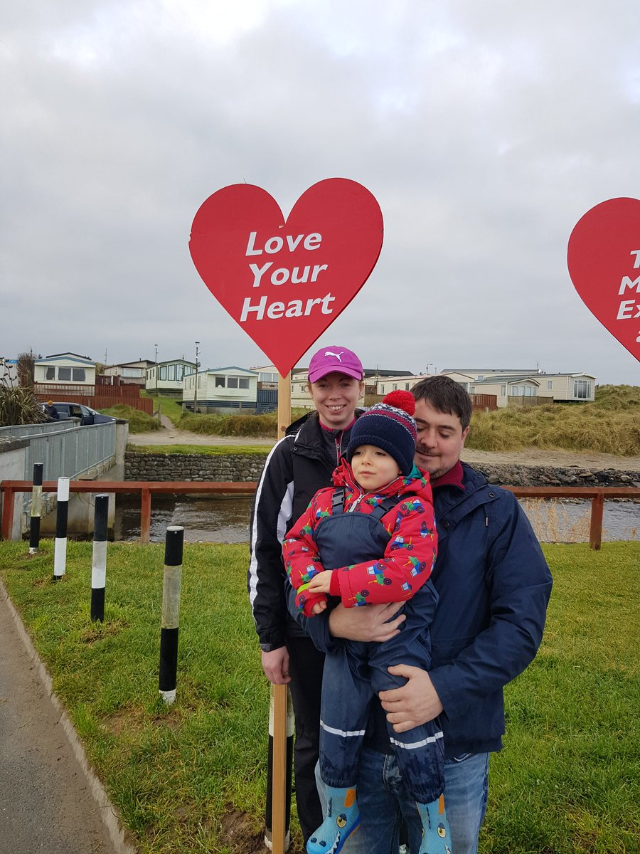 Fab Sunday morning on the beach in #Enniscrone with @AurivoCo_op. Great turn out from employees,  family and friends for 5k #CharityWalk in aid of @CroiHeartStroke Delicious brekkie porridge and fruit  after! #TeamCroi    #HeartHealth #Community @wildatlanticway