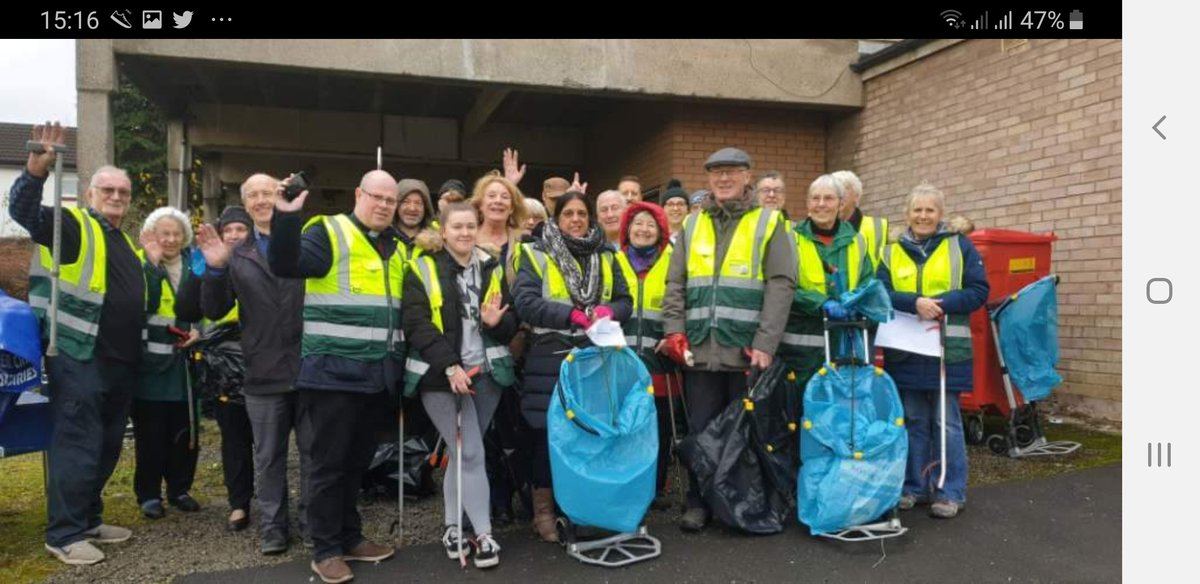 Another successful Crumpsall Clean up thanks to every one who came @CrumpsallLabour @CleanCrumpsall @MCCCrumpsall
