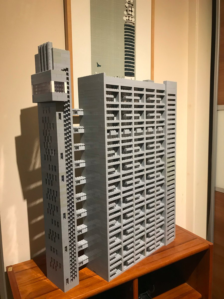 So I made Erno Goldfingers brutalist masterpiece Trellick Tower (London W10) out of Lego, using 10,000+ pieces, a few photos, and some measuring tape. #brutalism #concrete #modernism