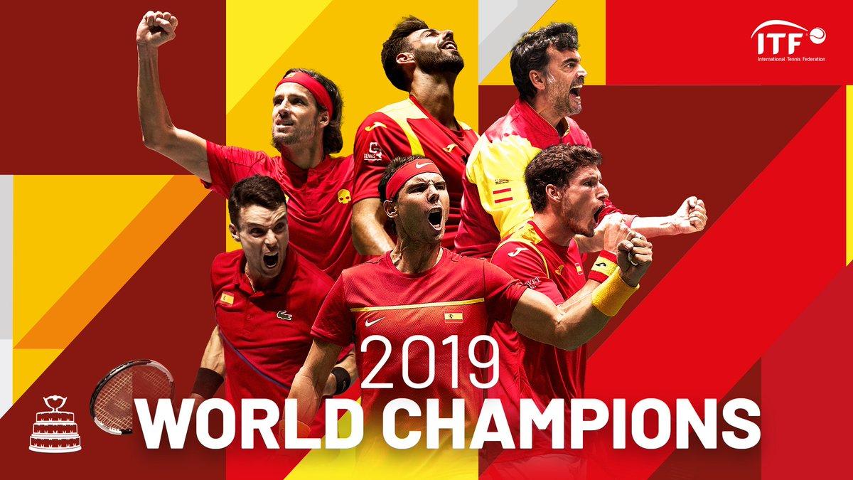 Spain are the World Champions! 🏆  @RafaelNadal defeats Shapovalov 6-3 7-6(7).  🇪🇸2️⃣🆚0️⃣🇨🇦  #CANESP #DavisCupMadridFinals #byRakuten