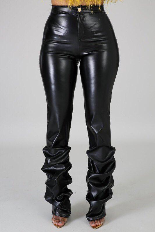 Faux Leather Scrunch Pantshttp://www.glamcoutureboutique.com #glamcouture #neworleans #nla #fashiontruck #mobileboutique #boutiqueonwheels #shopthetruck #westopyoushop #bestseller #newarrivals #trending #fashionpic.twitter.com/dqie3cxLGN