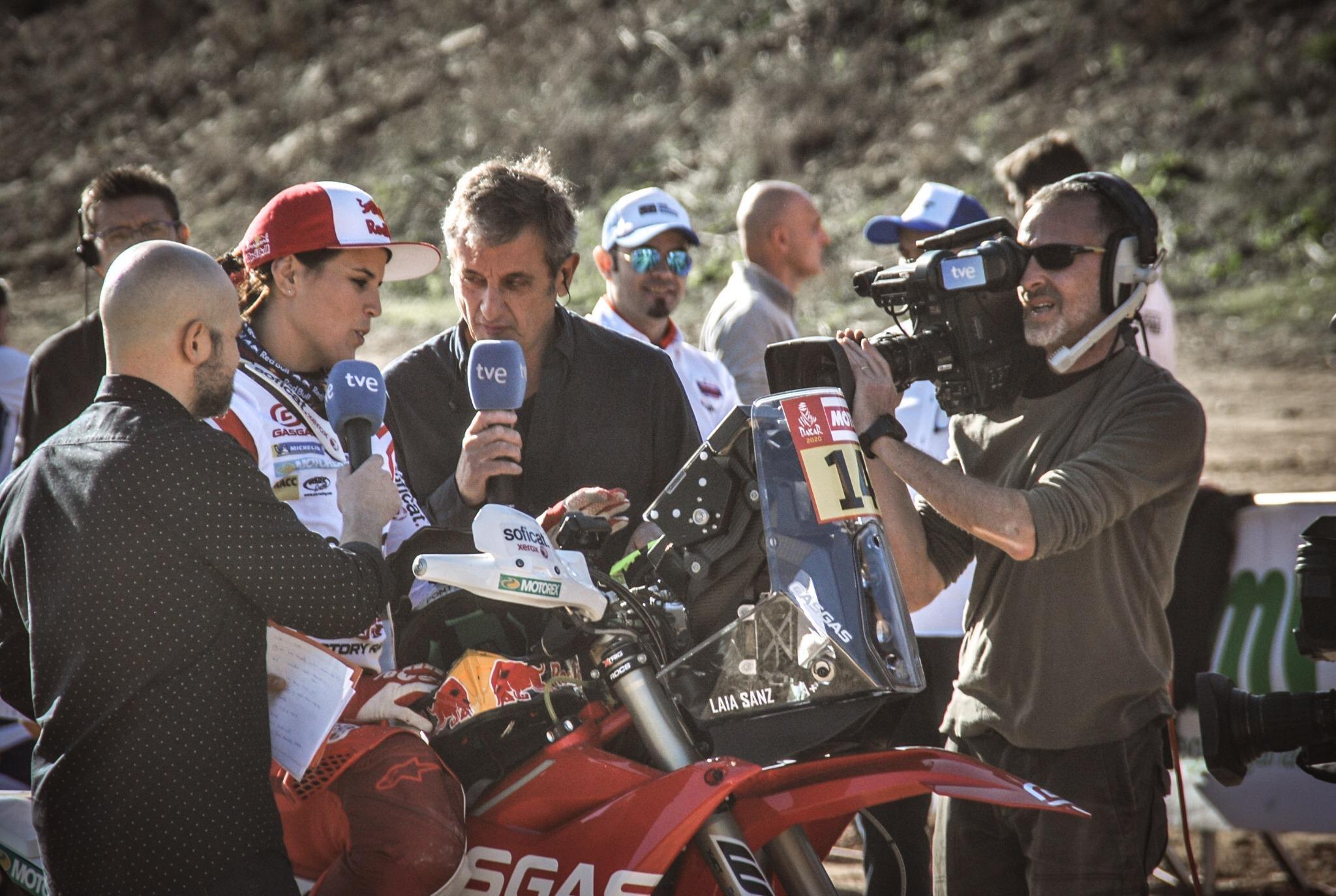 2020 42º Rallye Raid Dakar - Arabia Saudí [5-17 Enero] EKM8q1_XsAISgqZ?format=jpg&name=4096x4096