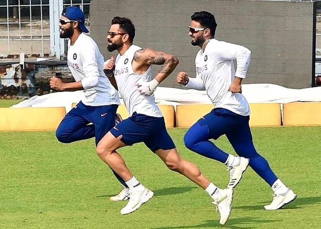 Love group conditioning sessions. And when Jaddu is in the group, it's almost impossible to outrun him 😃👌. @RishabhPant17 @imjadeja