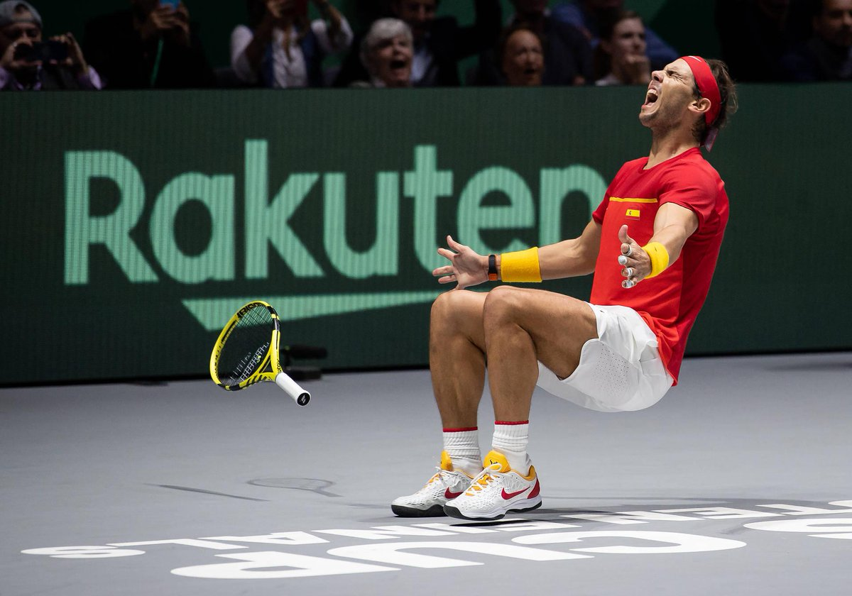 How about this for #MondayMotivation...   Spain recorded their th #DavisCup beating first-time finalists Canada   #DavisCupMadridFinals #byRakuten <br>http://pic.twitter.com/fv5gqIhF8u