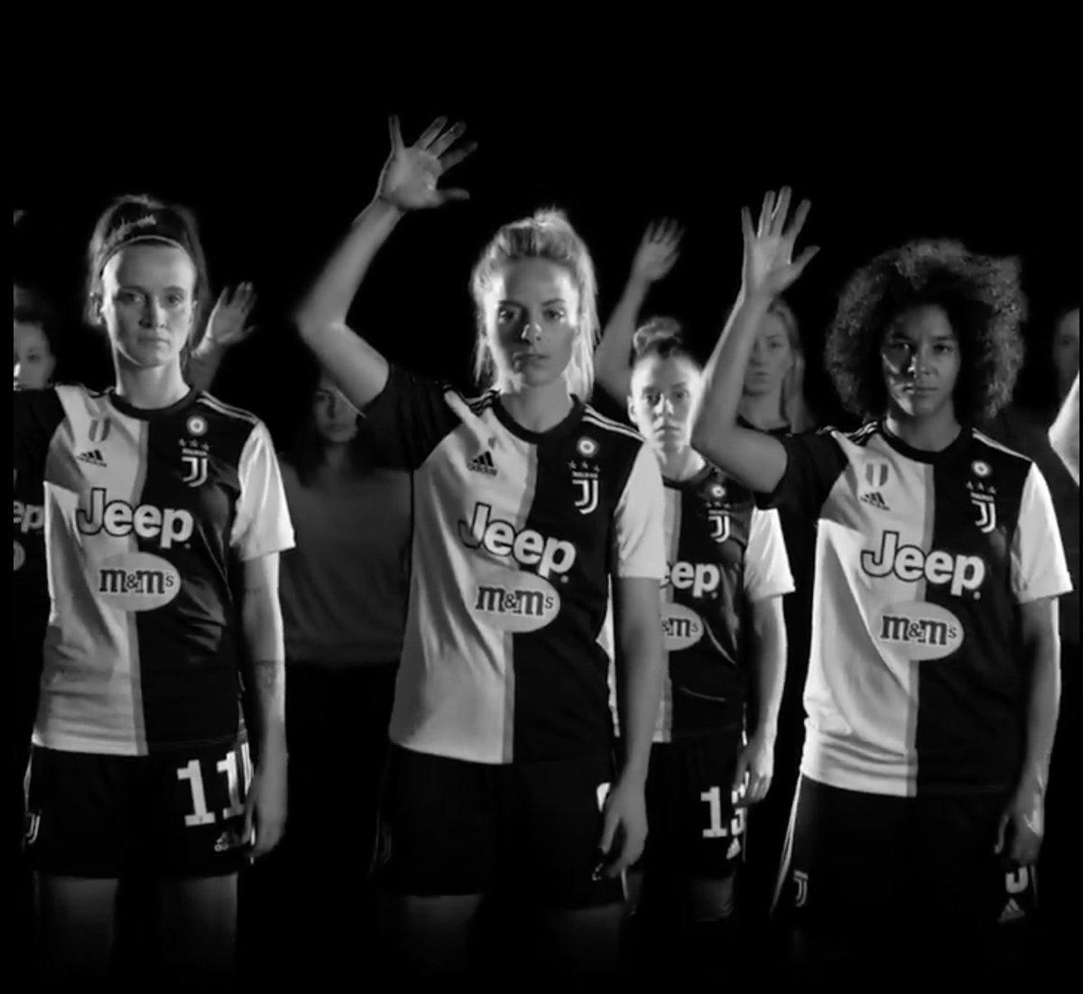 ✋Raise your hand! Stop violence against women. #OrangeTheWorld