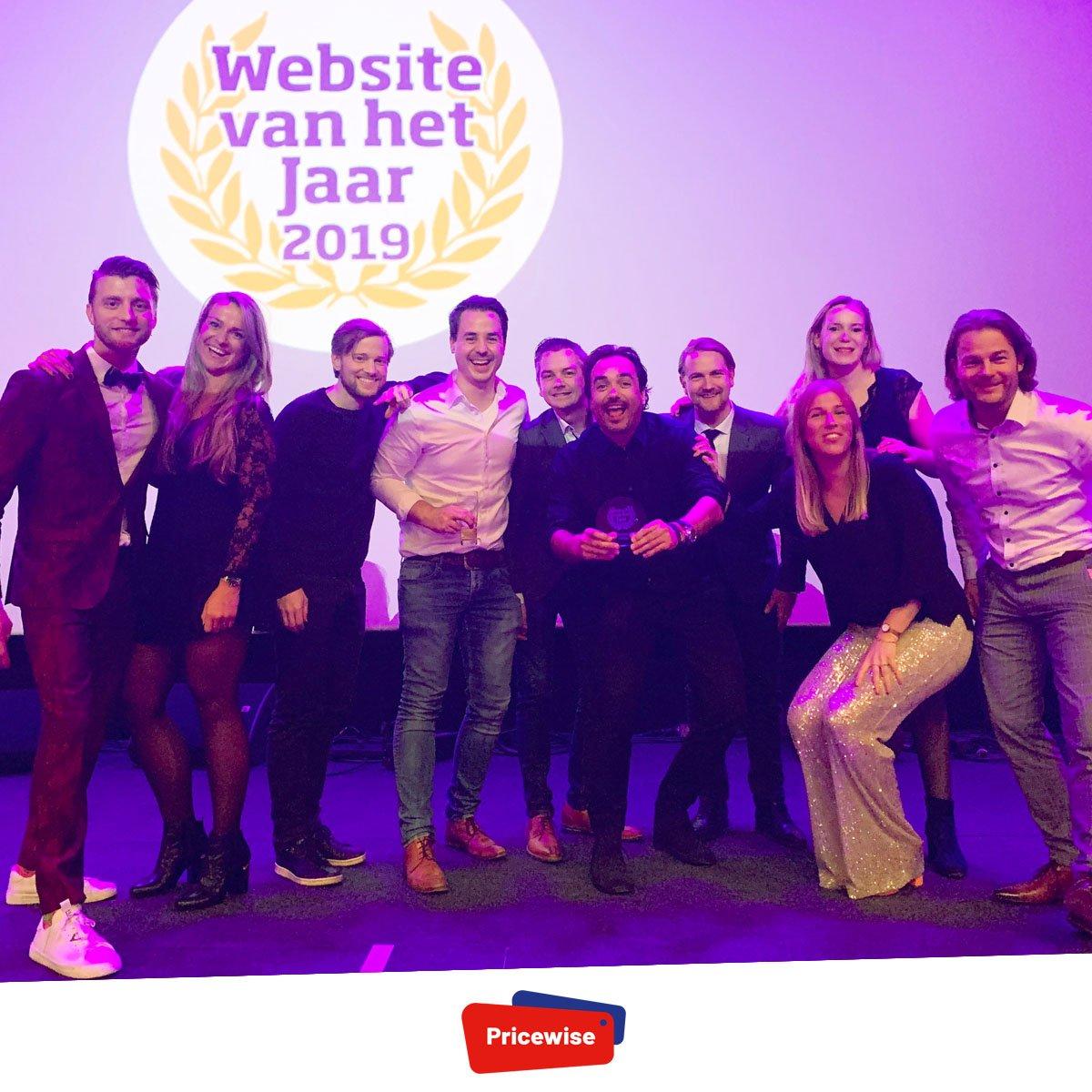 🎉 Yay! Dit is geweldig! Wij hebben de titel voor beste vergelijkingssite van 2019 gewonnen! 🥳 Lieve stemmers, megabedankt voor jullie hulp! #websitevanhetjaar https://t.co/lDLA3G2ISY