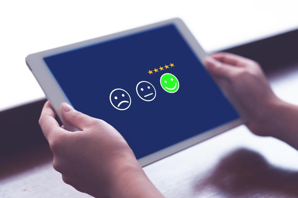 How AI Is Making Sentiment Analysis Easy https://t.co/DMWUoJhbTg #sentiment #sandsiv+ #voiceofthecustomer #customerexperience https://t.co/ajWGuaEdNB