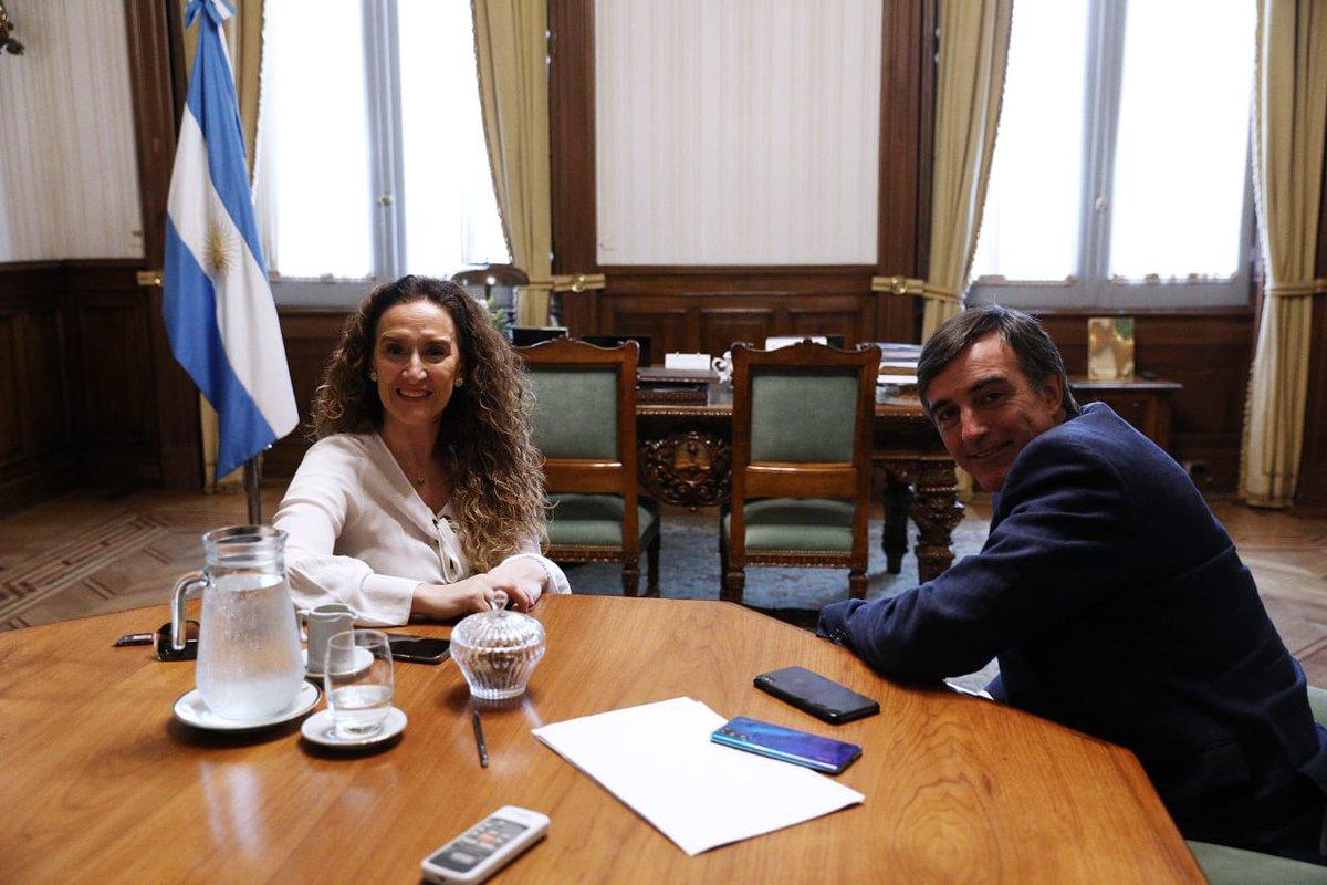 Me reuní con @estebanbullrich en @CasaRosada https://t.co/aYohgQjkXa