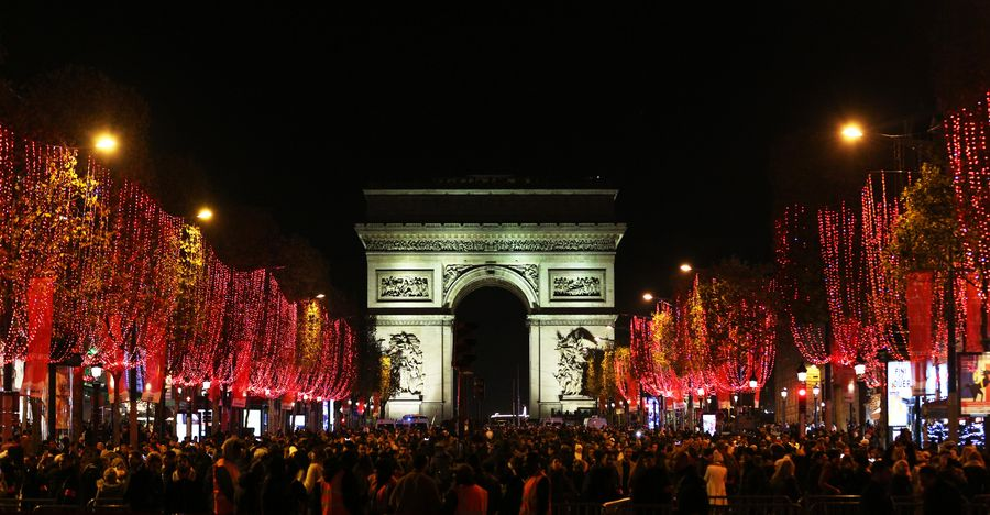Christmas is coming: Dazzling #Christmaslights are inaugurated along #ChampsElysees in Paris <br>http://pic.twitter.com/KAA5zuDwHs