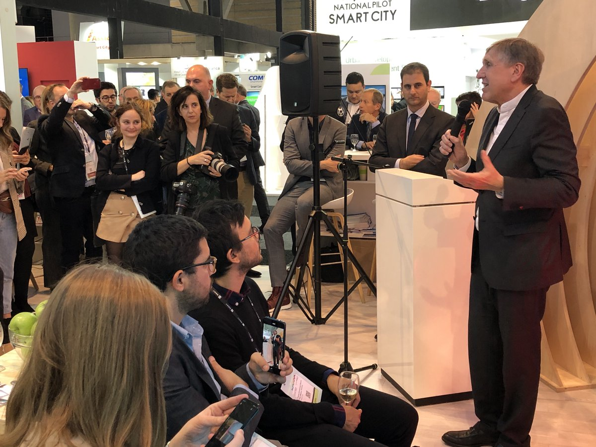Missions Publiques was at @SmartCityexpo world Congress 2019 in Barcelona to talk about the Citizen dialogue on the future of mobility (https://t.co/QTIBuq1oJE). New forms of dialogues are necessary to build trust in society #smartcityexpo #futureofmobility #driverlessmobility https://t.co/yPr6Nn9RMM