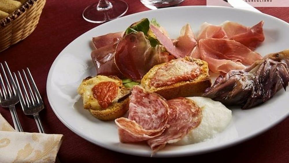 Cenone di Capodanno al ristorante Al Catello di Co...