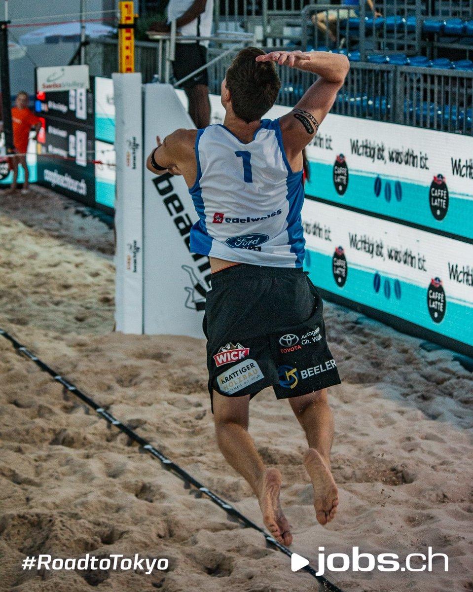Jumping into the new week like...  * * * #beachvolleyball #volleyball #voleidepraia #volleyballlife #voleibol #volleyballfoto #RoadtoTokyo #jobsCHpic.twitter.com/NjTHJ2mnW4