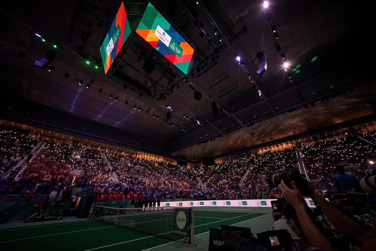 What a week! Over 133,000 people visited the Caja Mágica during the Davis Cup by Rakuten Madrid Finals to support their country. Thank you all, see you next year!  #DavisCupMadridFinals #byRakuten <br>http://pic.twitter.com/sZ3yCtSS1n