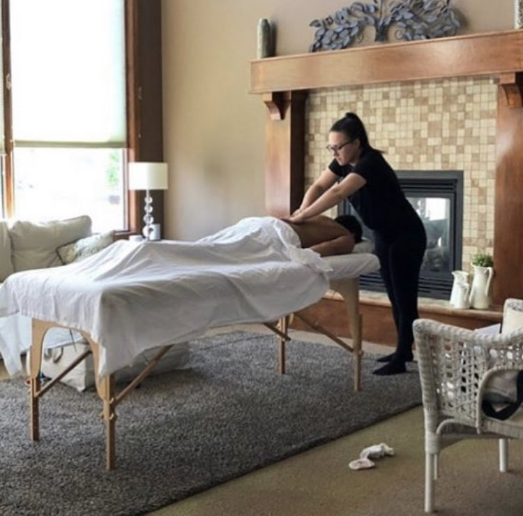 This week calls for colder weather, prepare for it by booking an in home massage with Coastal Bliss. We will go out in the cold, so you don't have to. 😌   #cold #snow #coldweather #massage #mobilespa #yyc #inhome #massages #stayin #babyitscoldoutside
