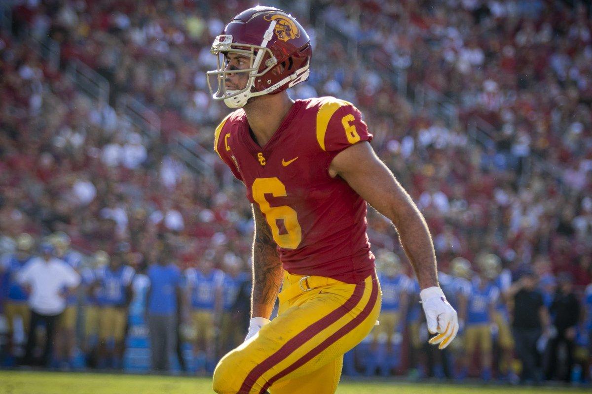 Congratulations to #USC WR Michael Pittman Jr. on being Selected a 2019 @biletnikoffawrd Finalist‼️ FANS VOTE HERE: 👉biletnikoffaward.com/fan-vote #FightOn✌️