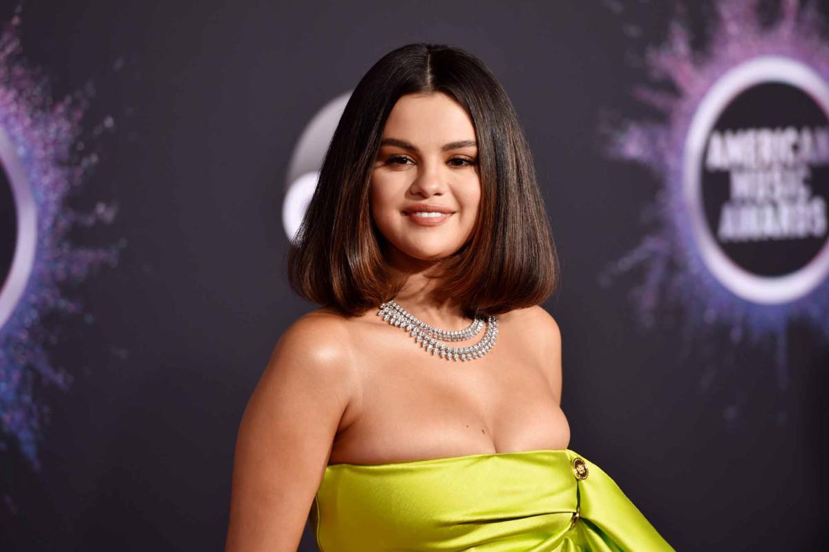 Selena gomez hard