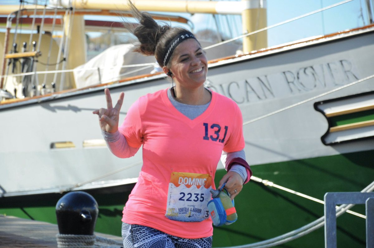 The face you make when you're about to cross the finish line of your 8th Half Marathon!  #teacherrunner #norfolkharborhalf<br>http://pic.twitter.com/LnyOsoAz85