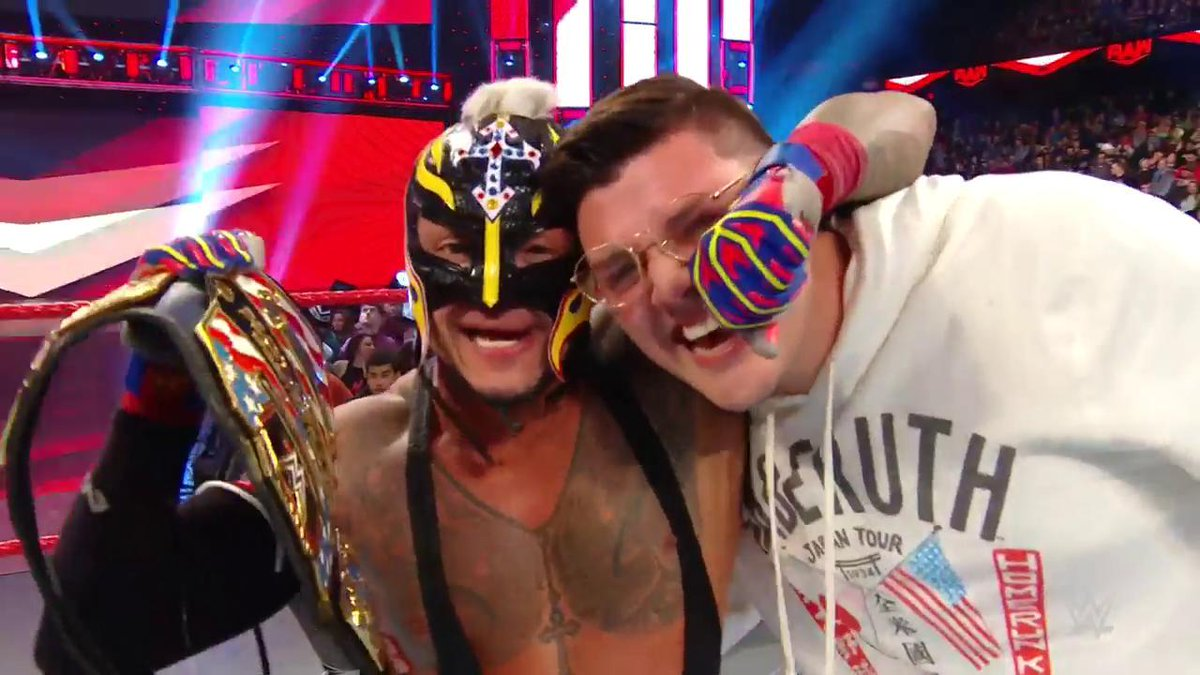 Rey Mysterio Wins The WWE United States Title On RAW (Photos, Videos)