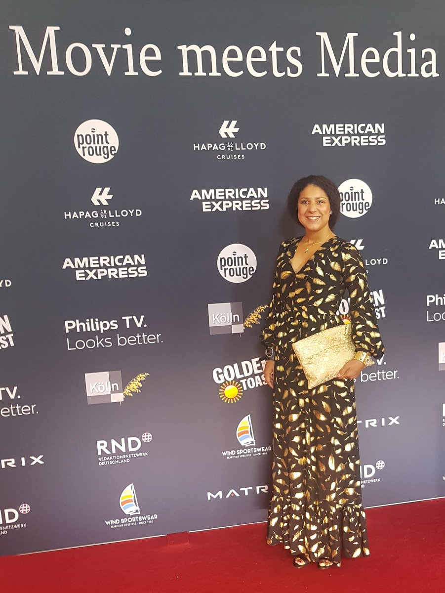 movie meets media 2019 mit DELUXE  Happy Birthday #sörenbauer @MoviemeetsMedia #MartinKrug #DELUXE  #MovieMeetsMedia2019 #ceu pic.twitter.com/8BDjvxJUpX