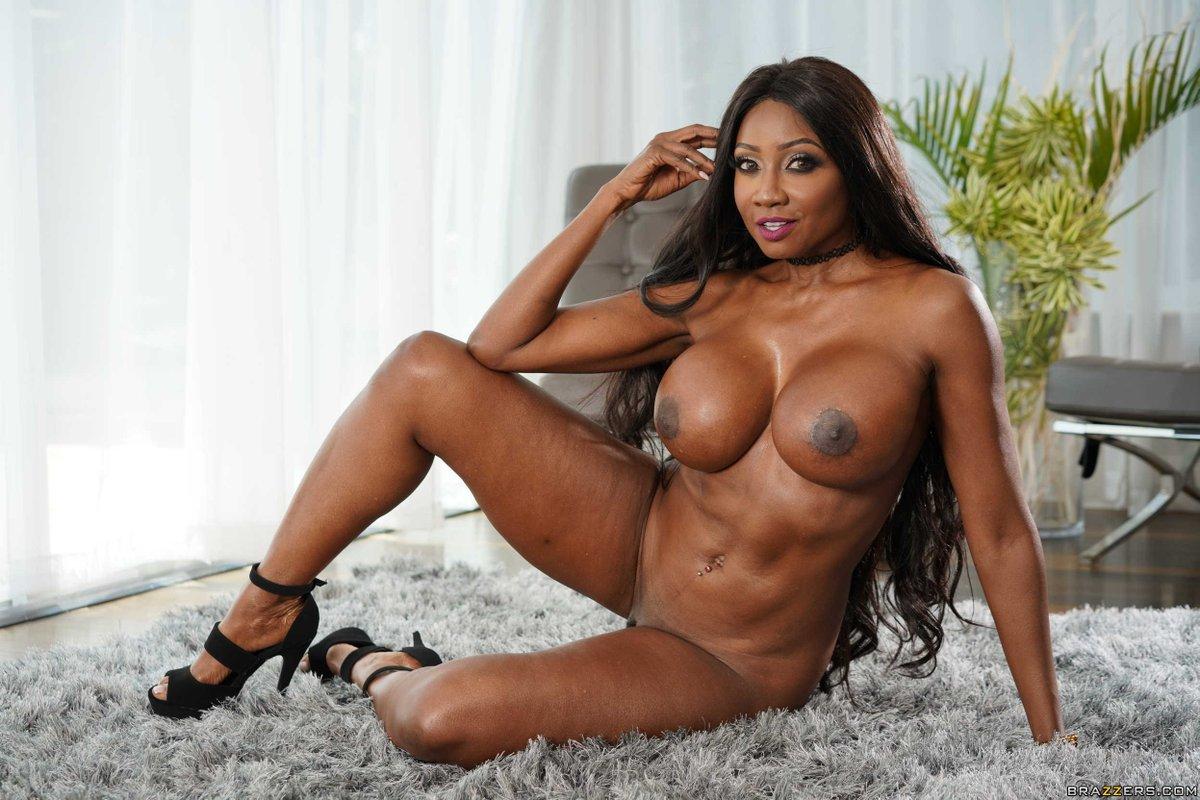 Glenda jackson sex photo women in love