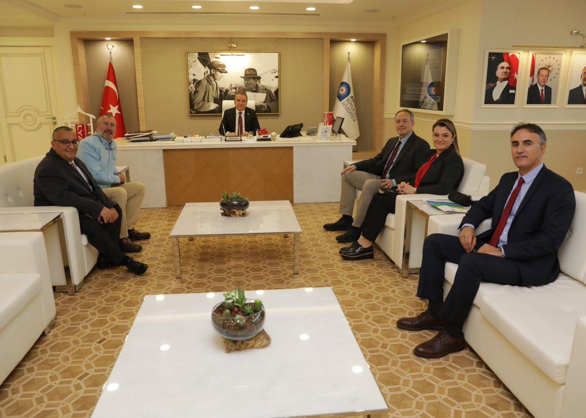 Türkiye Çevre Eğitim Vakfı (TÜRÇEV) Yönetim Kurulu Başkanı Rıza Tevfik Epikmen ve üyelerine nazik ziyaretleri için teşekkür ediyorum. #BizBirlikteYaparızpic.twitter.com/9Rf0xe9q3A