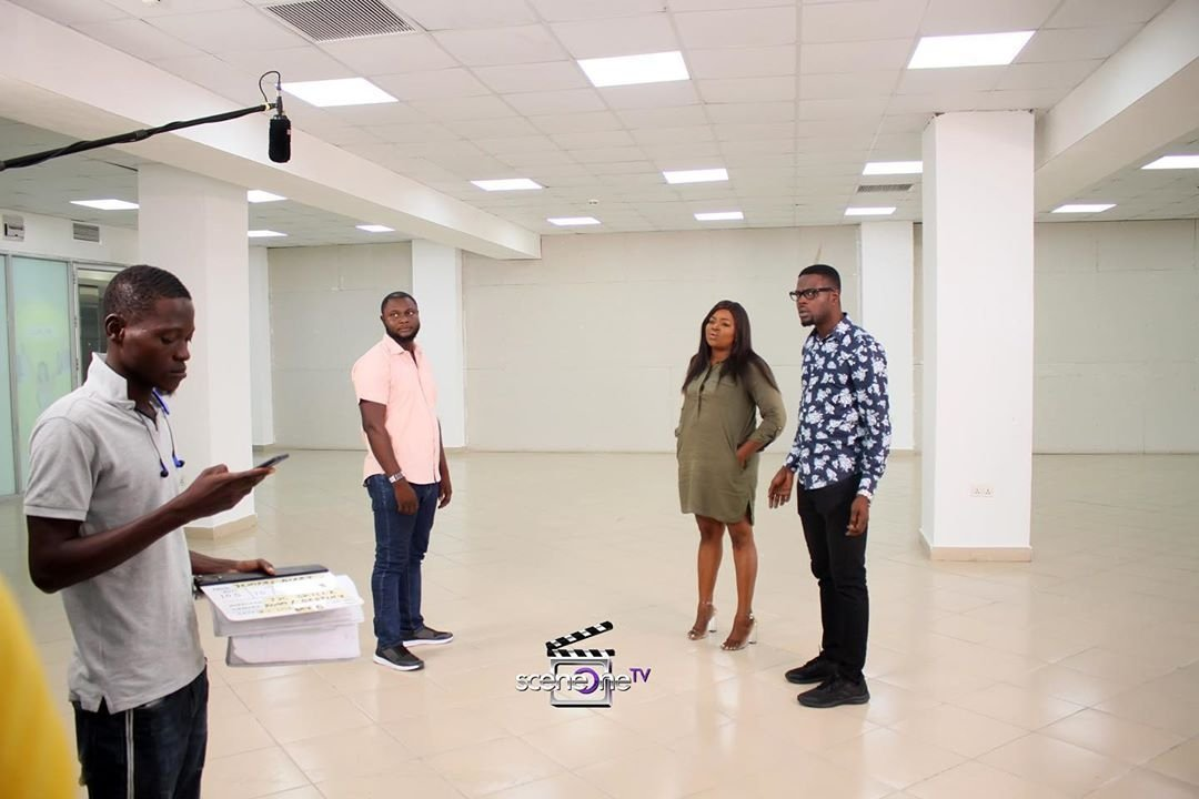 #BTS: Seen all new episodes of #jenifasdiary?🤔 Visit  to watch now! Don't forget to download the app for easy access on the go! 💃 . Available on IOS and ANDROID DEVICES 😁🔥. .  Cc: @funkeakindele @JJCSKILLZ #jenifasdiary #sceneonetv #sceneoneproductions