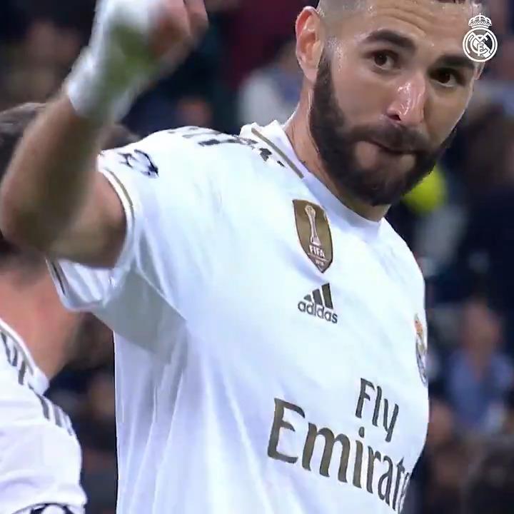 🤩⚽ ¡Vuelve a disfrutar de los primeros 50 goles de @Benzema en la @LigadeCampeones con la camiseta blanca! #RMFansEnCasa | #YoMeQuedoEnCasa