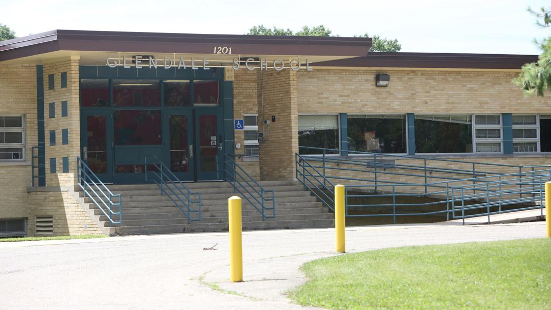 Glendale could be renamed in honor of Virginia Henderson, former school psychologist dlvr.it/RK846n