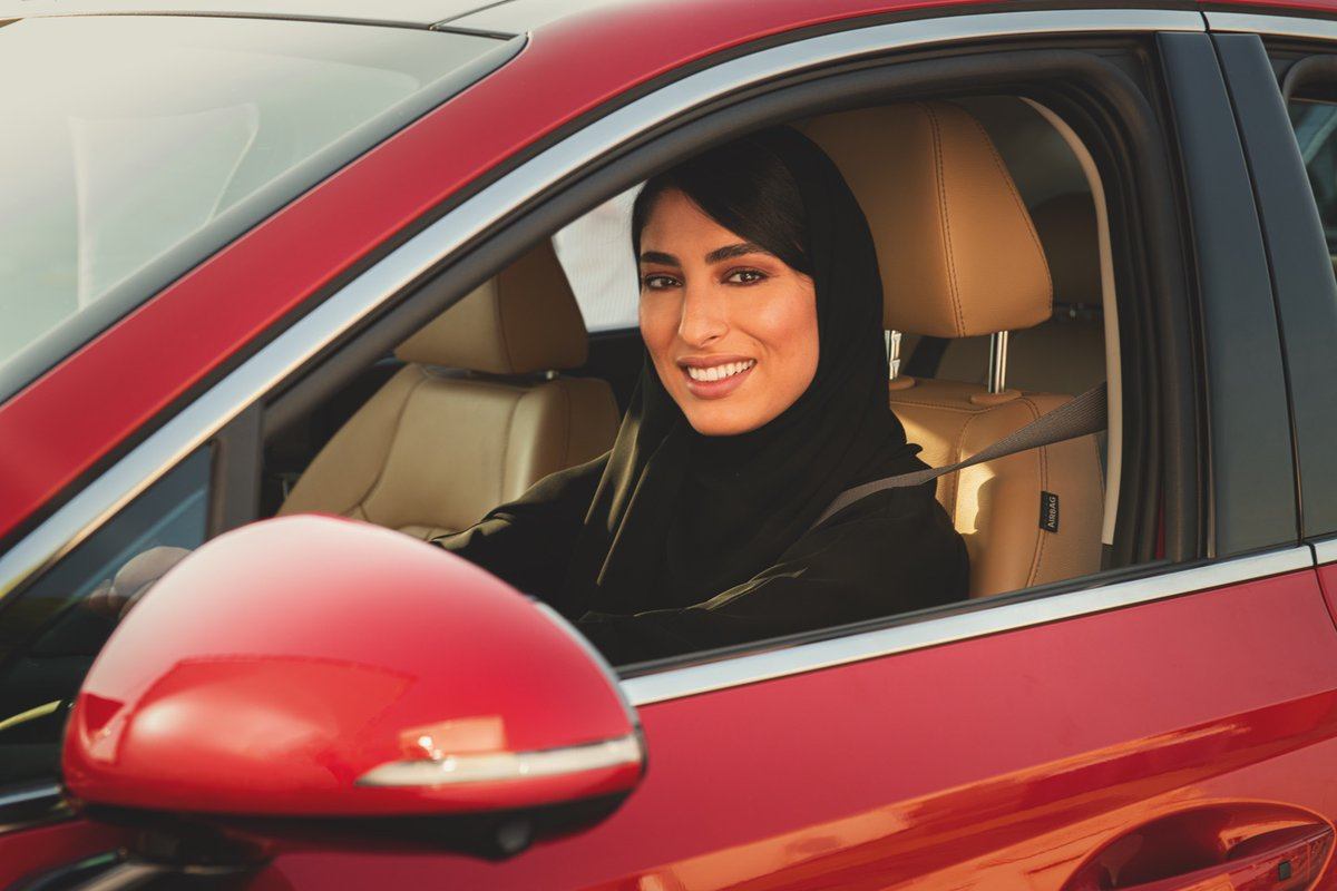 A unique driving experience reflecting only empowerment.⠀ ⠀ #Hyundai #SaudiWomen #SaudiArabia #SaudiWomenDriving #WomenDrivers #WomanDriver #HyundaiSafeCare⠀pic.twitter.com/TkLc5IIbsW