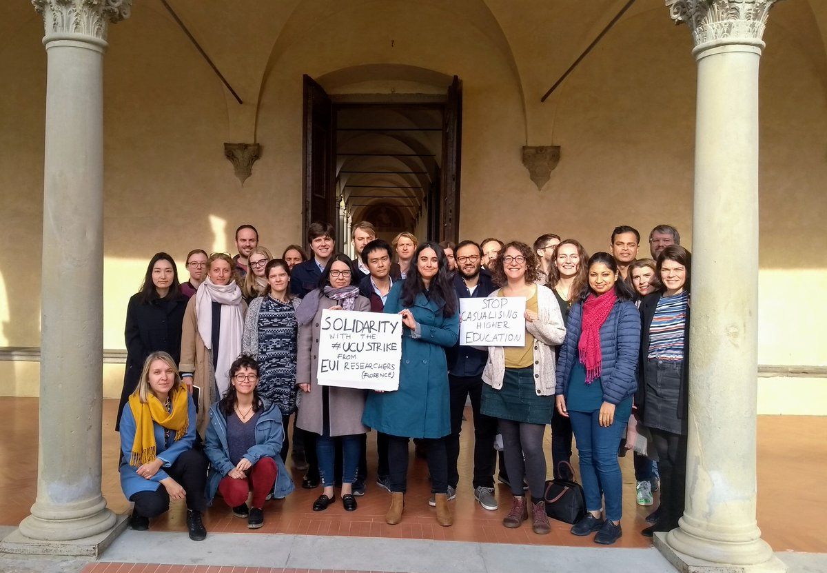 PhD researchers & postdocs from the @EuropeanUni in Florence send their solidarity to the #UCUStrike of Higher Education workers in the UK! @ucu @UCUAnti_Cas