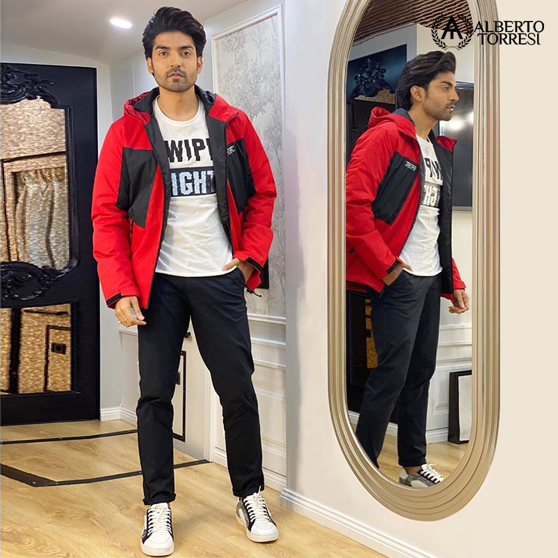 Spotted the dapper @gurruchoudhary in a voguish pair of sneakers from Alberto Torresi. To shop this pair, click here:  http:// bit.ly/2XtI4kT      #albertotorresi #celebrity #gurmeetchaudhary #mensfashion #luxury #leather #sneakers #shoponline<br>http://pic.twitter.com/f4wptq2Vn8